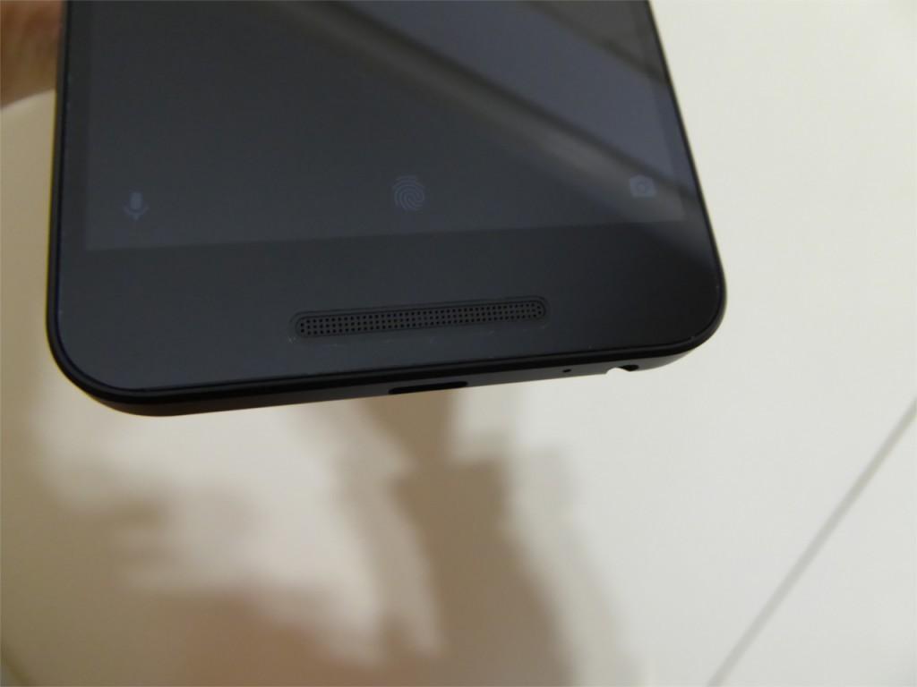 Nexus5X 液晶保護フィルム1